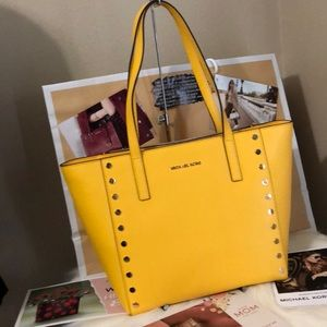 NWT Michael Kors Sunflower Tote Studded